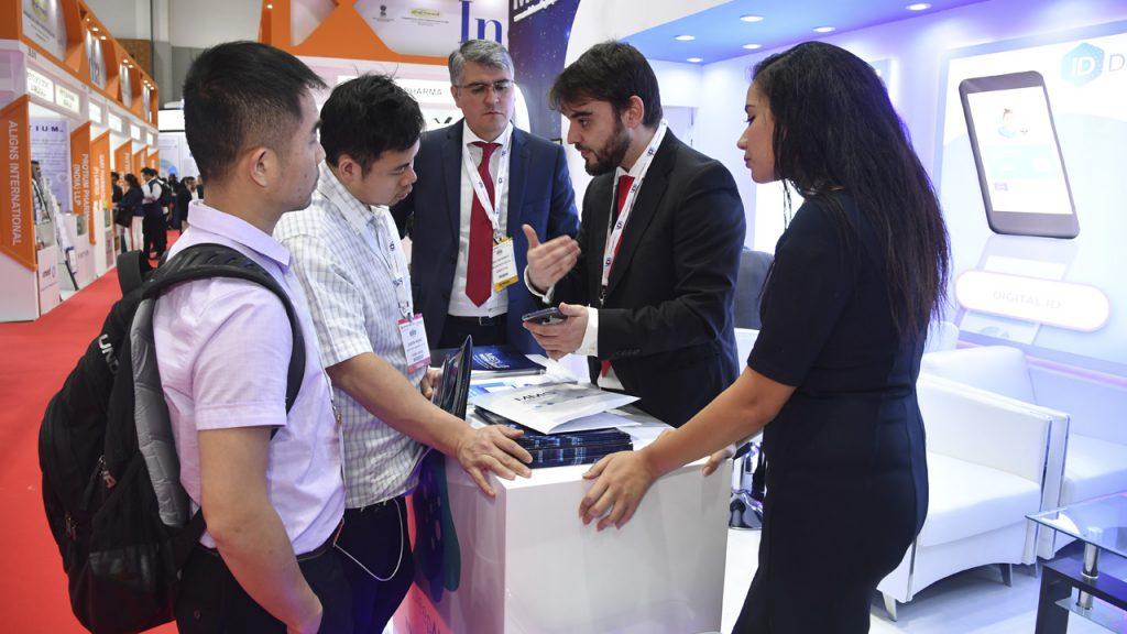 Attracting international interest at Arab Health.